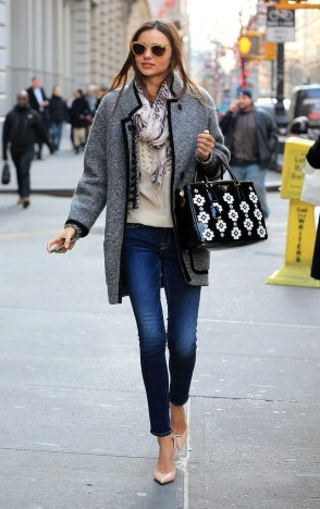 fashion-2013-01-22-miranda-kerr-street-style-personal-style-accessories-main